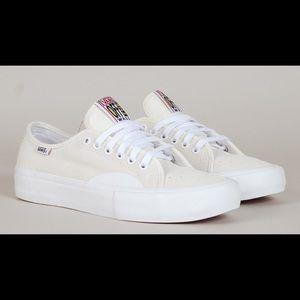 8243998c3a Vans Shoes - AV CLASSIC PRO RUBBER WHITE